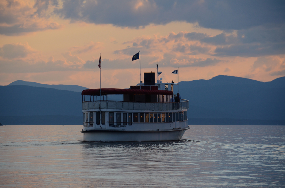 Cruise Boat on Lake Champlain in Burlington, Vermont. | Vermont ...